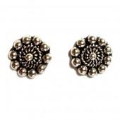 HPSilver: Silver Stud Earrings (emm-er-015)