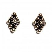 HPSilver: Silver Stud Earrings (emm-er-018)
